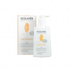 Ecolatier Гель для интимной гигиены  Delicate с органическим экстрактом лотоса 250 мл